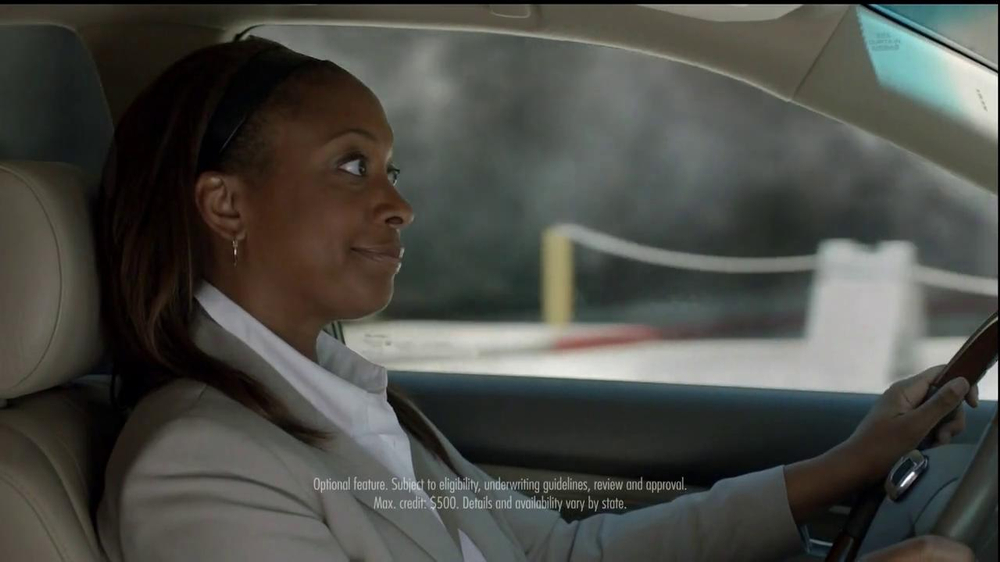 Nationwide Insurance TV Spot, 'Vanishing Deductible' Feat. Julia Roberts - Screenshot 8
