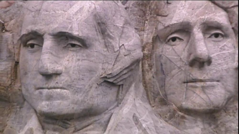 GEICO TV Spot, 'Journey to Mount Rushmore' - Screenshot 7