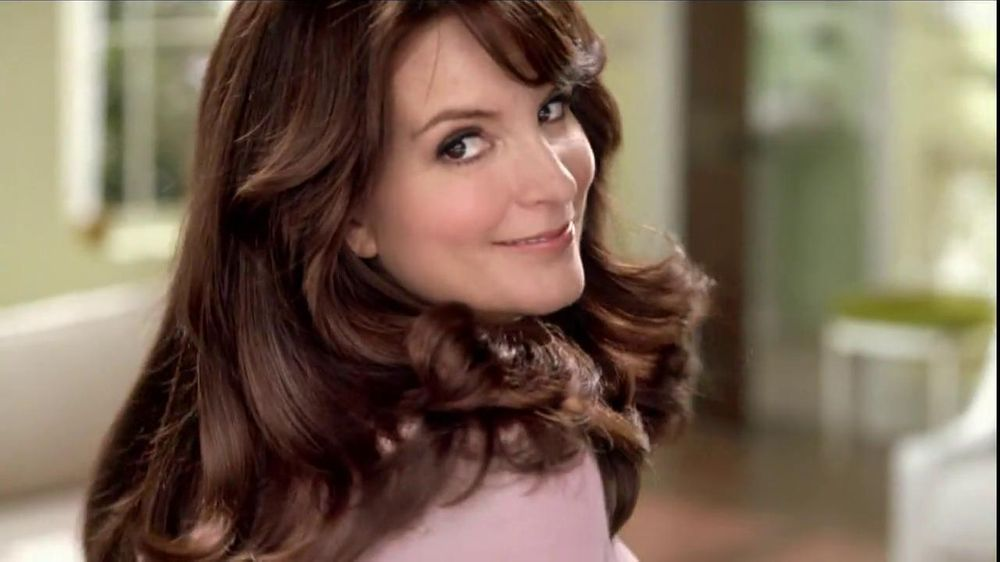 Garnier Nutrisse TV Spot, 'Crazy Gorgeous' Featuring Tina Fey - Screenshot 7
