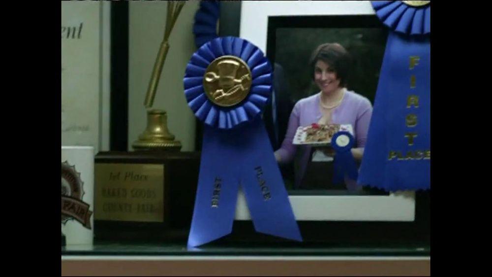 Fiber One TV Spot, 'Sandra's Yummy Scrumptious Bars' - Screenshot 6