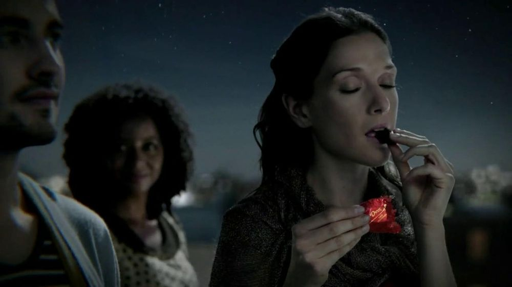 Dove Dark Chocolate TV Spot, 'Fireworks' - Screenshot 3