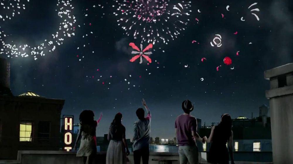 Dove Dark Chocolate TV Spot, 'Fireworks' - Screenshot 7
