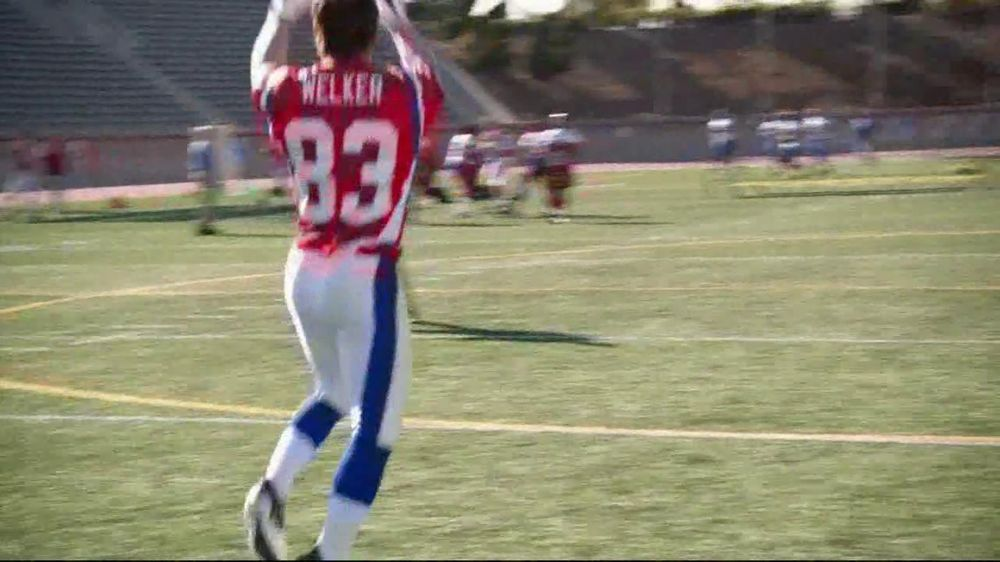 Depends TV Spot For Real Fit Featuring Pro Football Players - Screenshot 6