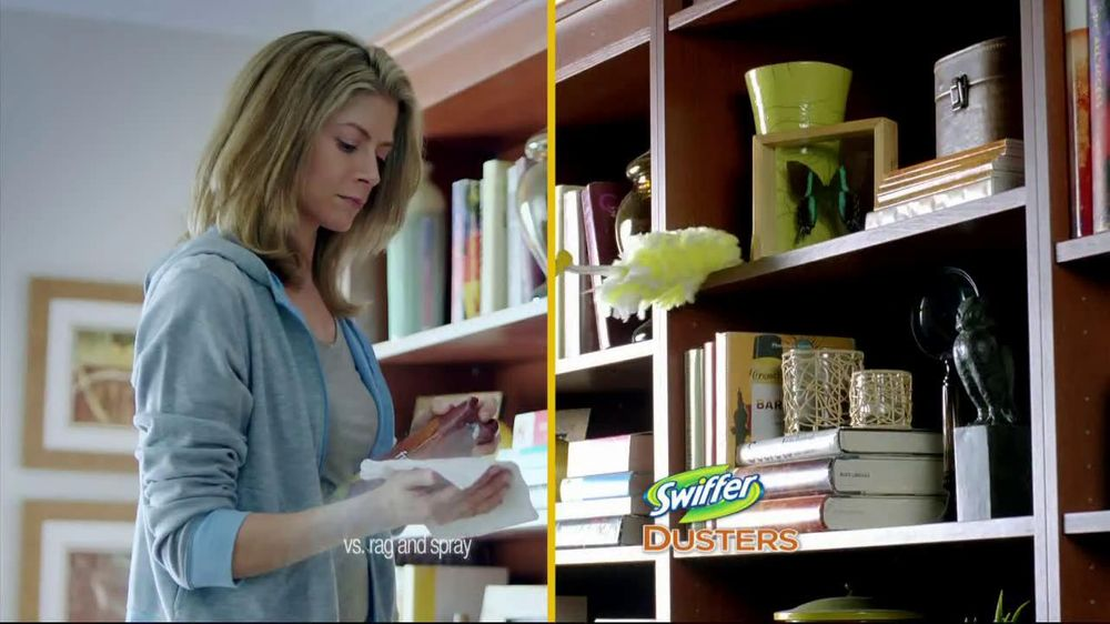 Swiffer 360 Duster Extender TV Spot, 'Book' - Screenshot 5