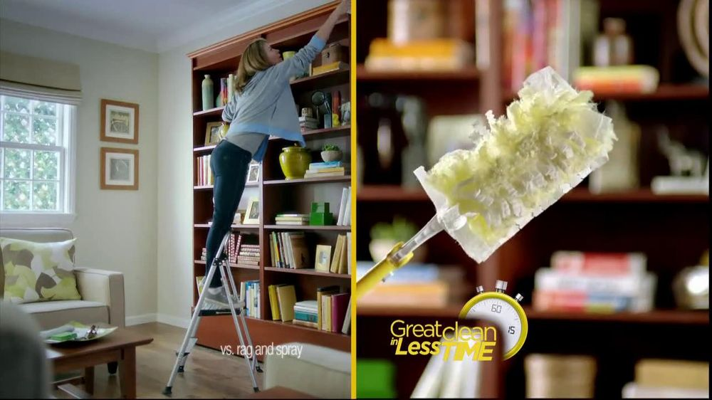 Swiffer 360 Duster Extender TV Spot, 'Book' - Screenshot 7