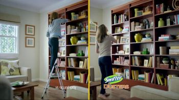 Swiffer 360 Duster Extender TV Spot, 'Book' - Thumbnail 6