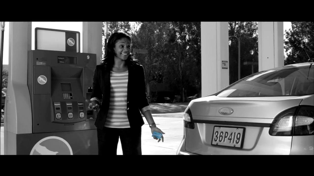 Chase Freeddom TV Spot, 'Cash Back At Gas Stations' - Screenshot 3