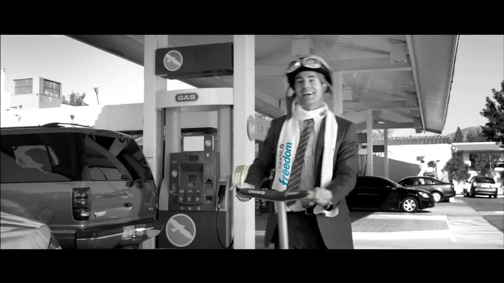 Chase Freeddom TV Spot, 'Cash Back At Gas Stations' - Screenshot 4