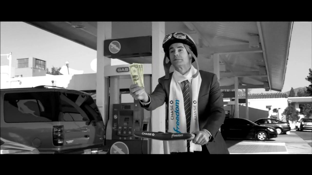 Chase Freeddom TV Spot, 'Cash Back At Gas Stations' - Screenshot 5