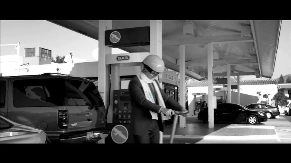 Chase Freeddom TV Spot, 'Cash Back At Gas Stations' - Screenshot 7