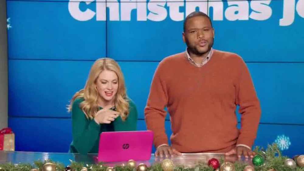 Walmart TV Spot, 'Video Chat Santa' Featuring Melissa Joan Hart thumbnail