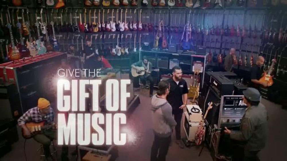 guitar center holiday sale tv commercial 39 music is a gift 39. Black Bedroom Furniture Sets. Home Design Ideas