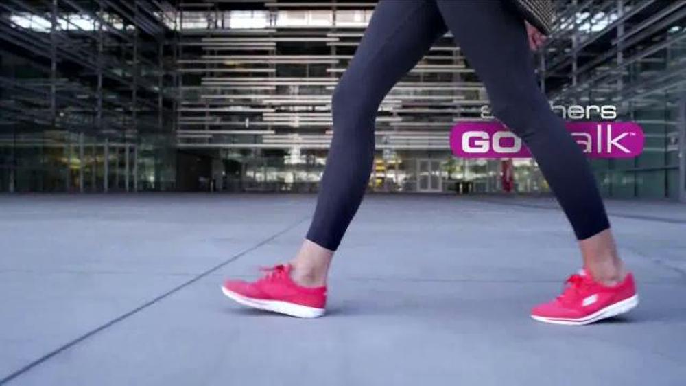 Skechers Go Walk TV Spot, Letra por Rizzle Kicks Spanish