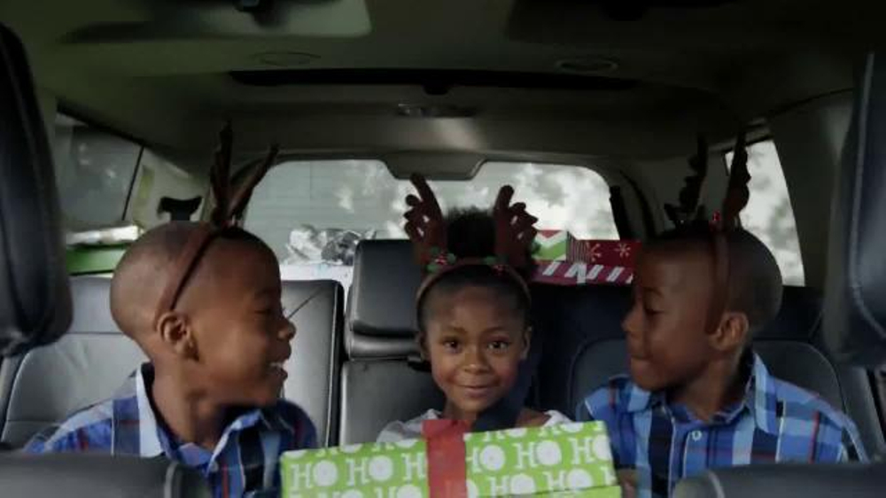 Walmart Holiday Anthem TV Spot, 'Joy' thumbnail