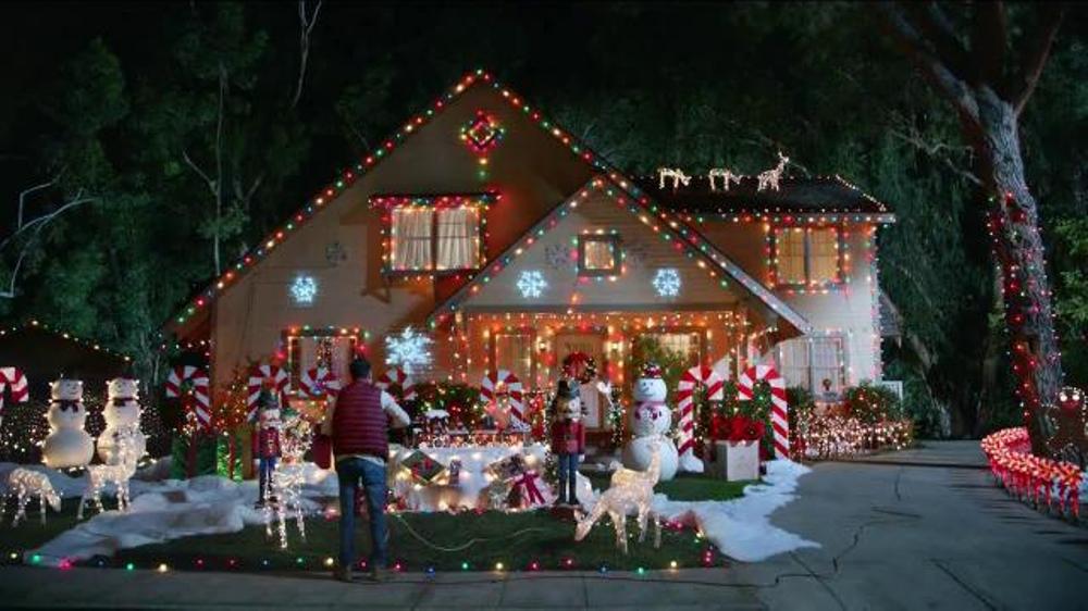 2015 Hyundai Elantra TV Spot, 'Holiday Lights'