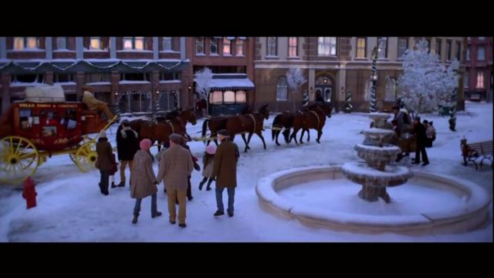 Wells Fargo TV Spot, 'The Stagecoach and the Snowmen' - Screenshot 9