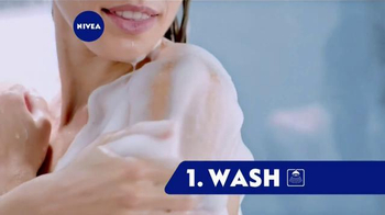 Nivea In-Shower Body Lotion TV Spot, 'Conveniently Moisturize'