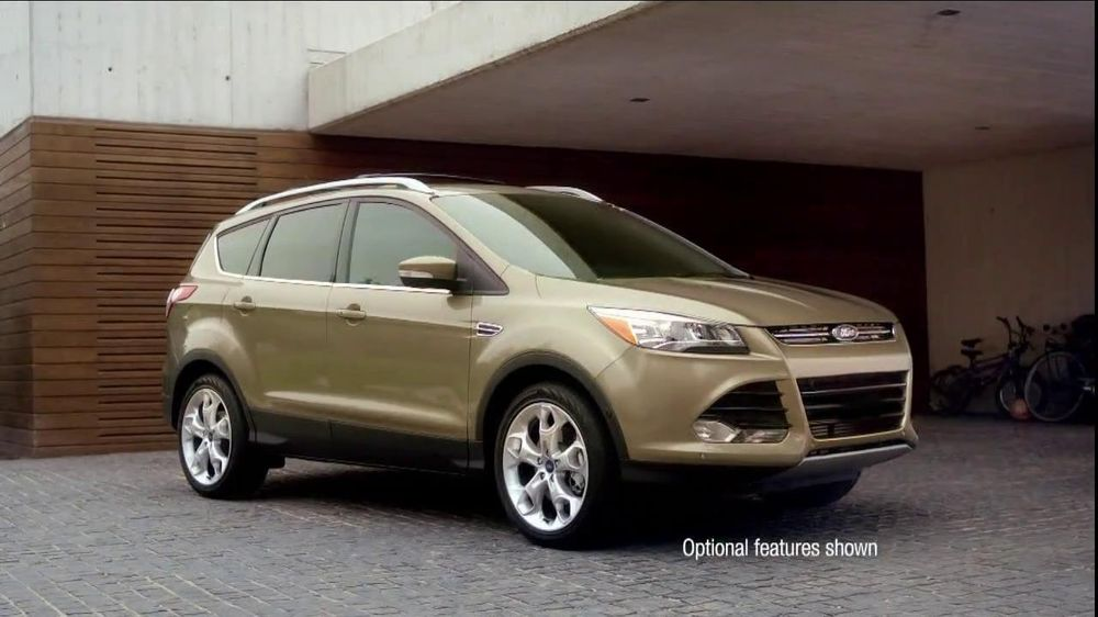 Black Woman In Ford Fusion Commercial >> Ford Escape TV Spot, 'Opposites Attract' - Screenshot 2