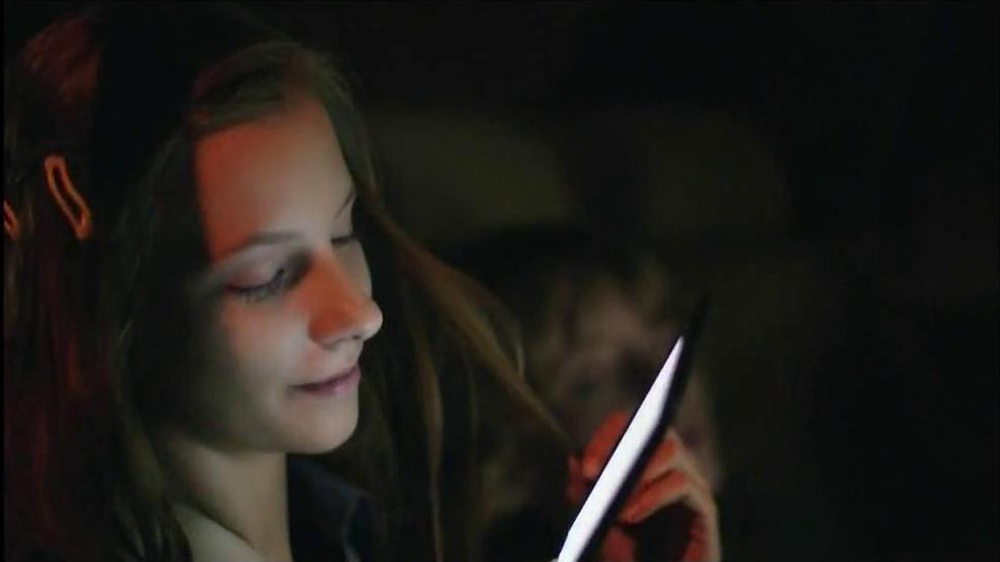 Amazon Kindle Paperwhite TV Spot  - Screenshot 7