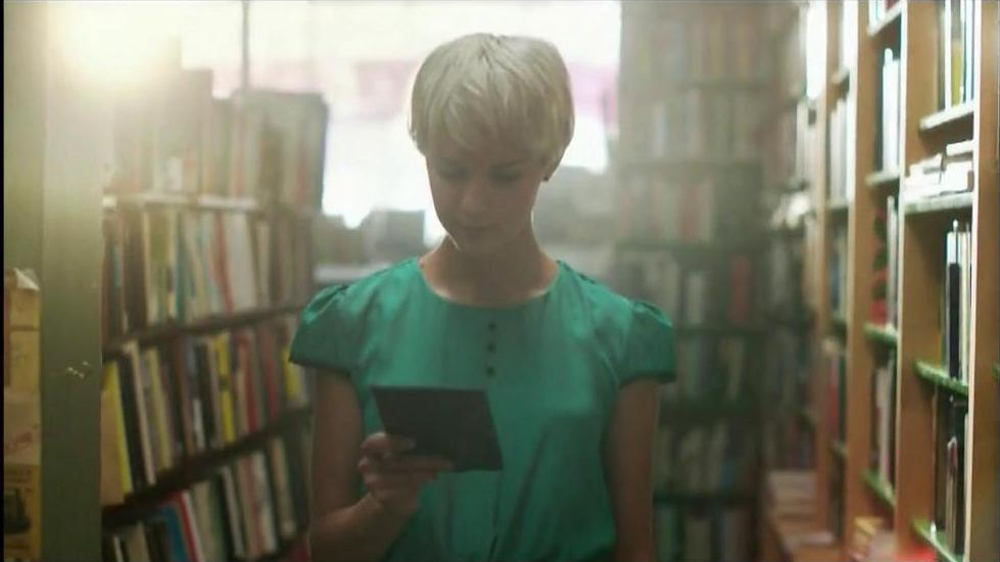 Amazon Kindle Paperwhite TV Spot  - Screenshot 3
