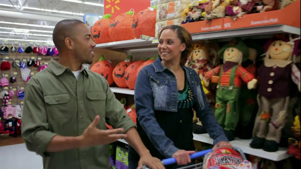 Walmart TV Spot, 'Amanda, Fall is Here' - Screenshot 5