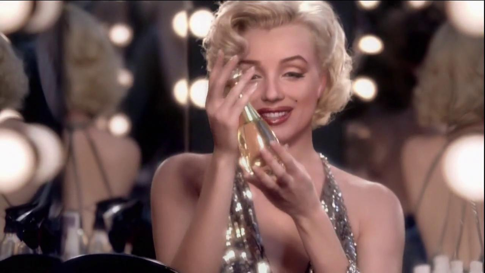 J'Adore Dior TV Spot Feat. Charlize Theron, Song by The Gossip - Screenshot 7