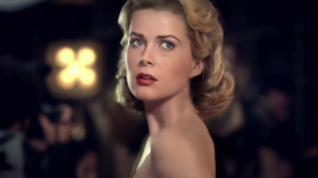 J'Adore Dior TV Spot Feat. Charlize Theron, Song by The Gossip - Thumbnail 4