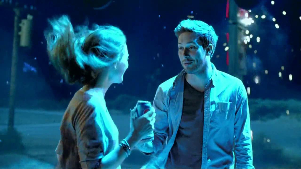 Pepsi TV Spot 'Close Encounters' - Screenshot 6
