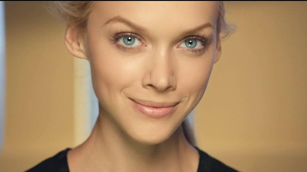 Olay Total Effects CC Cream TV Spot - Screenshot 1