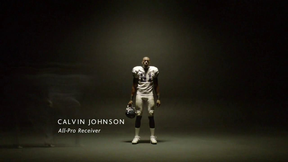 Acura TL TV Spot Featuring Calvin Johnson - Screenshot 2