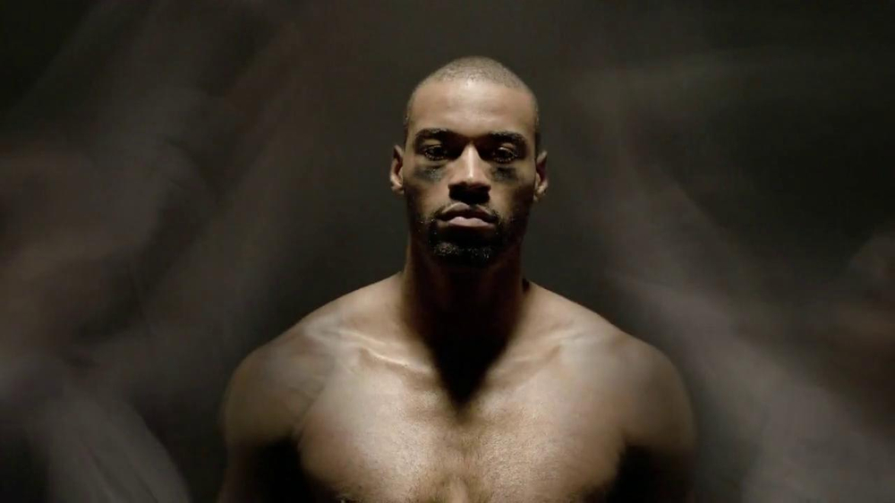 Acura TL TV Spot Featuring Calvin Johnson - Screenshot 3