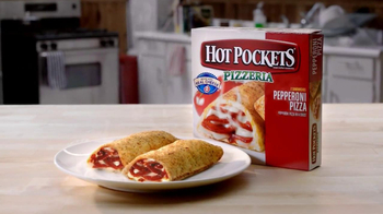 Hot Pockets Pizzeria TV Spot, 'Hot Sister Lisa' Featuring Becky O'Donohue - Thumbnail 9