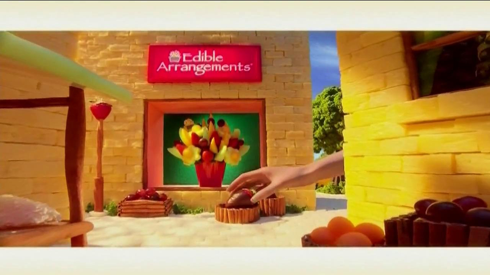Edible Arrangements TV Spot 'Chocolate Strawberries' - Screenshot 3