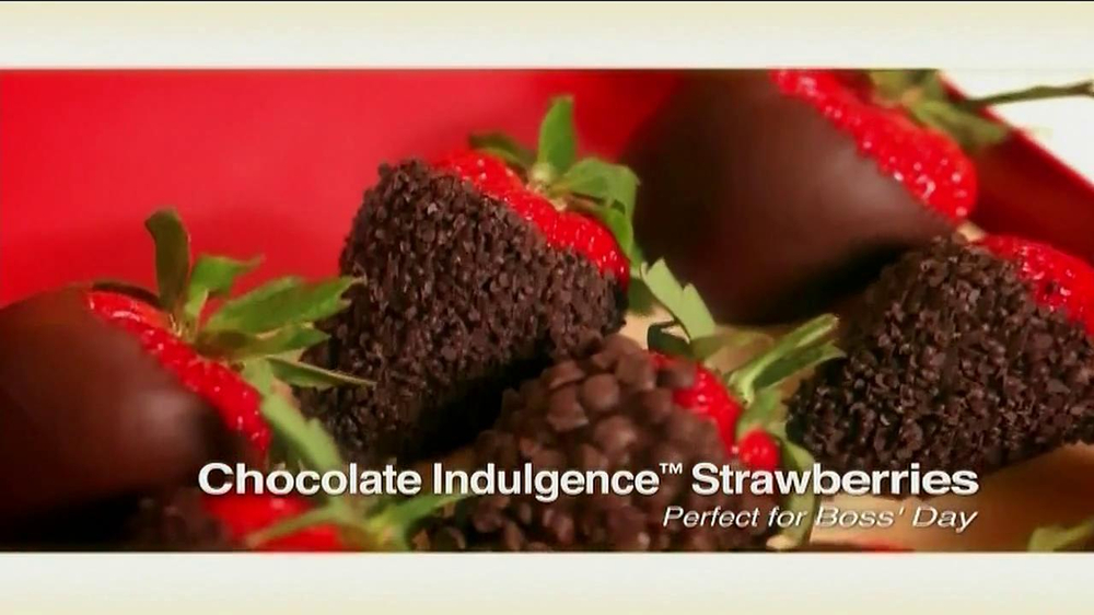 Edible Arrangements TV Spot 'Chocolate Strawberries' - Screenshot 7