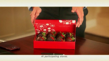 Edible Arrangements TV Spot 'Chocolate Strawberries' - Thumbnail 5