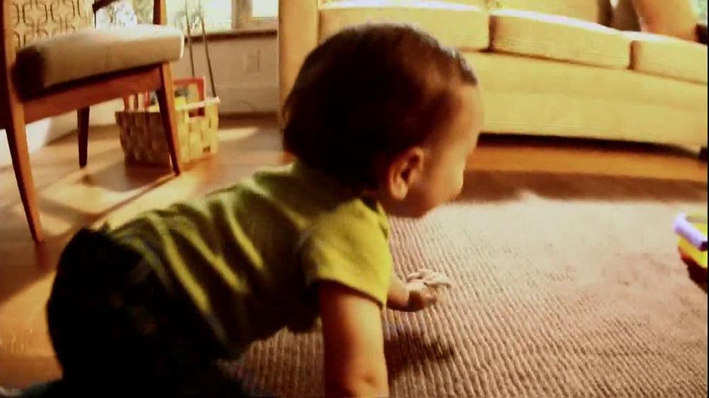 Disney Baby Sing-Along Choo-Choo TV Spot, 'Joy of Learning' - Screenshot 1