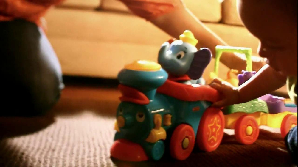 Disney Baby Sing-Along Choo-Choo TV Spot, 'Joy of Learning' - Screenshot 8