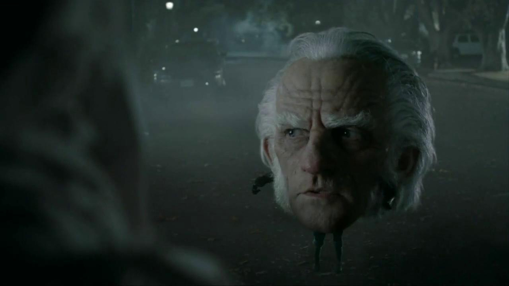 Snickers Halloween Satisfaction TV Spot, 'Horseless Headsman' - Screenshot 6