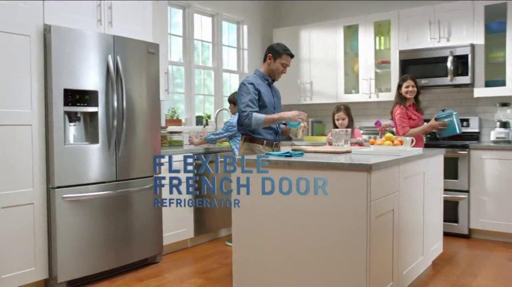 Frigidaire Flexible French-Door Refrigerator TV Spot - Screenshot 6