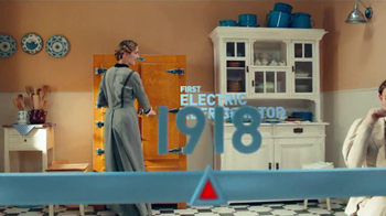 Frigidaire Flexible French-Door Refrigerator TV Spot - Thumbnail 2