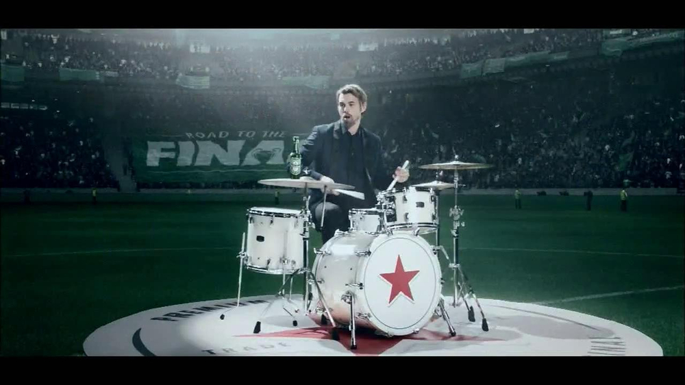 Heineken TV Spot, 'Champions League: Drums' - Screenshot 3
