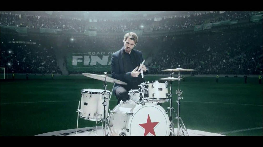 Heineken TV Spot, 'Champions League: Drums' - Screenshot 5