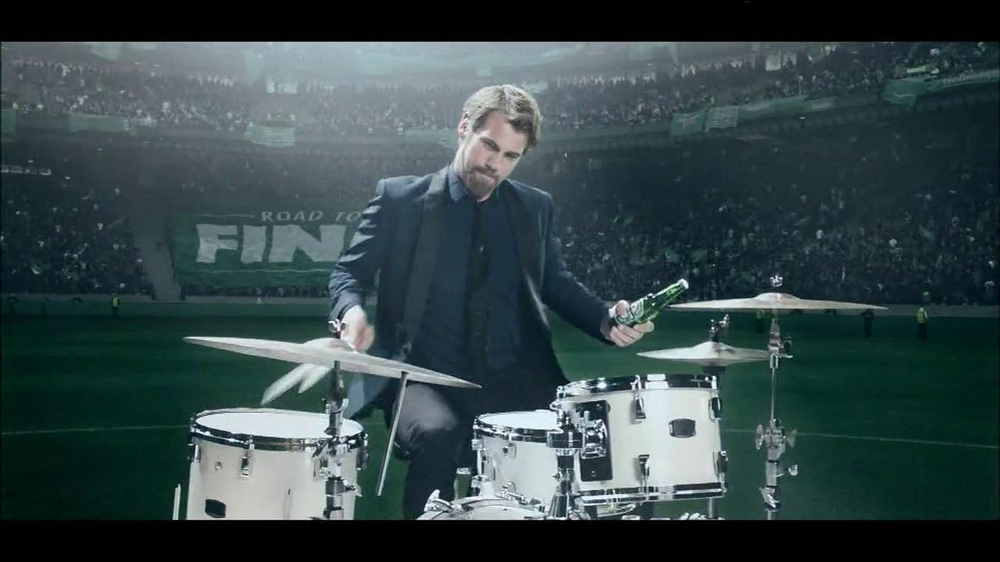 Heineken TV Spot, 'Champions League: Drums' - Screenshot 8