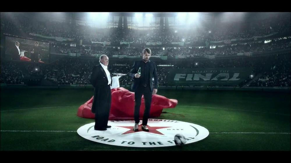 Heineken TV Commercial, 'Champions League: Skydiving ...