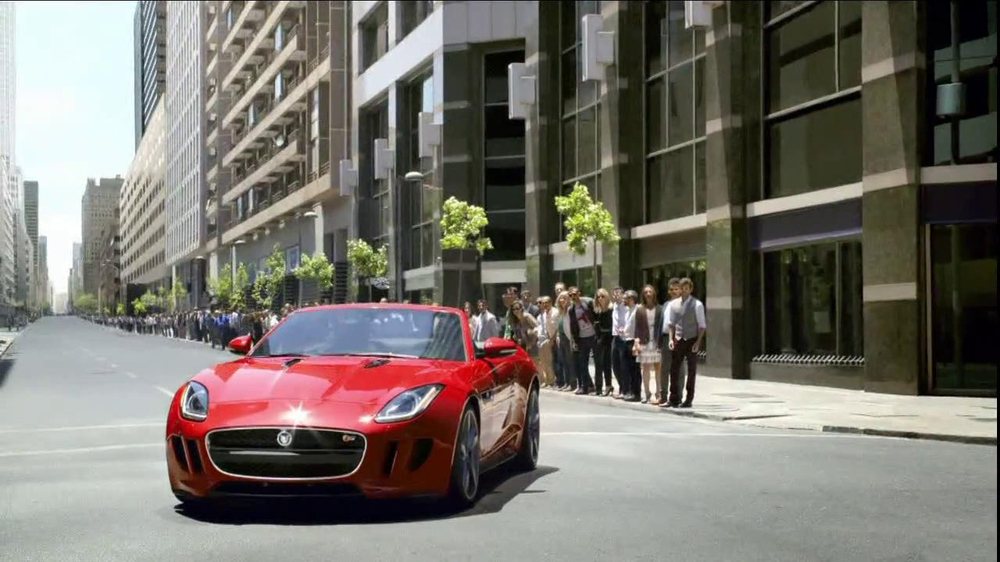 Jaguar F-Type TV Spot, 'It's Your Turn To Discover It' - Screenshot 6