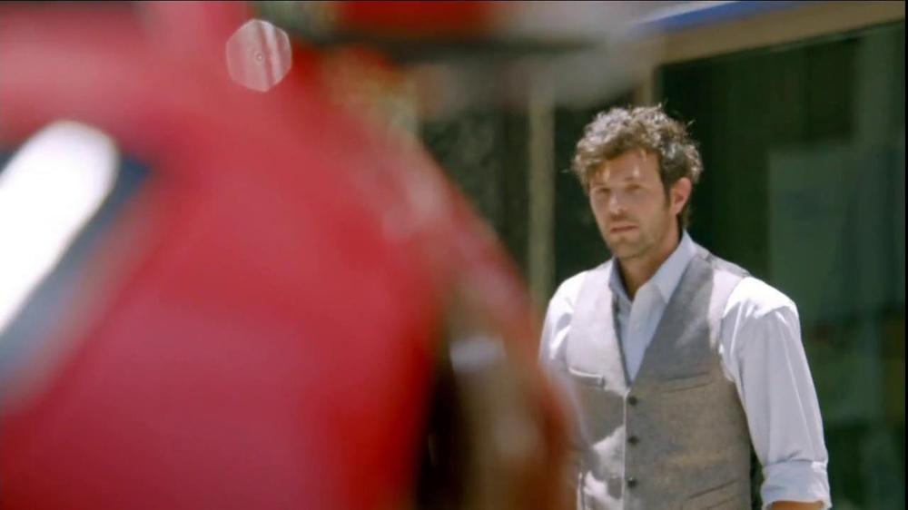Jaguar F-Type TV Spot, 'It's Your Turn To Discover It' - Screenshot 8