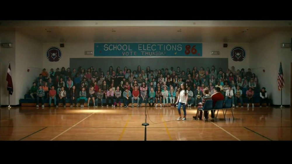 Progressive TV Spot, 'Vote for Flo' - Screenshot 1