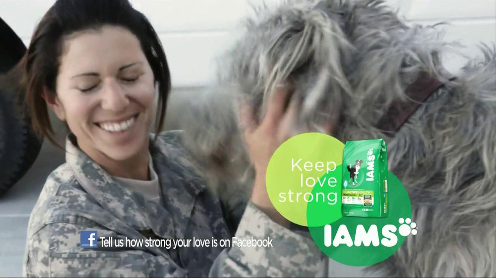Iams Shakeables TV Spot, 'Rocky & a Soldier' - Screenshot 8