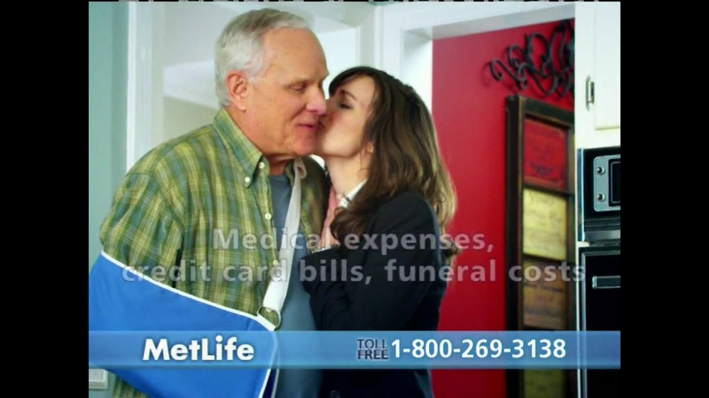 Metlife TV Spot, 'Dad's Accident' - Screenshot 6
