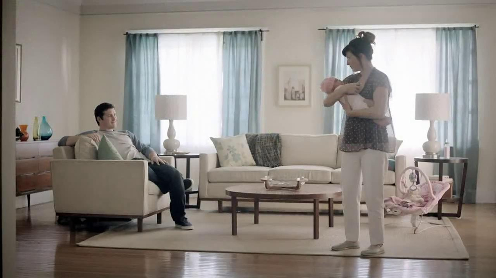 Chase Mobile App TV Spot, 'Baby' - Screenshot 1